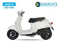 Xe ga 50cc Crea Scoopy màu trắng sữa mới