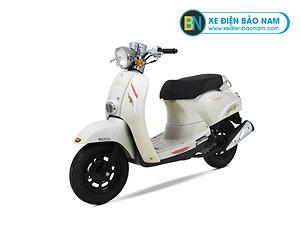 Xe ga 50cc Crea Scoopy màu trắng đời mới