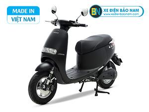 Xe máy điện Gogo osakar màu đen