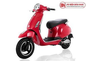 Xe Pega Aura màu đỏ
