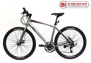 Xe đạp Amano AT100 mới nhất màu xám đỏ