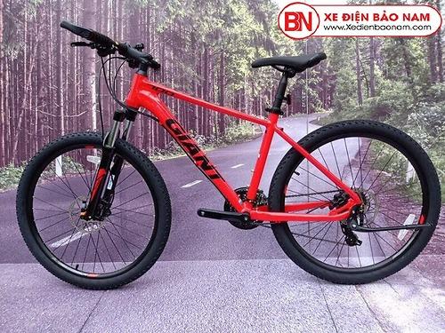 Xe đạp thể thao Giant ATX 700 màu đỏ giá tốt nhất thị trường
