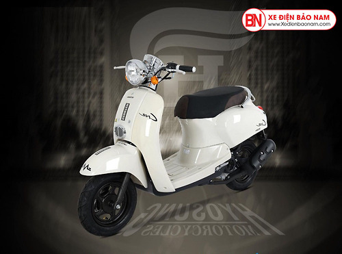 Xe ga 50cc Crea Hyosung màu trắng sữa mới
